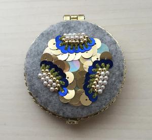 手鏡 × 現代美術のハードコアはじつは世界の宝である展 ヤゲオ財団コレクションより